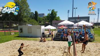 Siget mix liga u odbojci na pijesku – intervju s voditeljicom Lige Emom Prenc